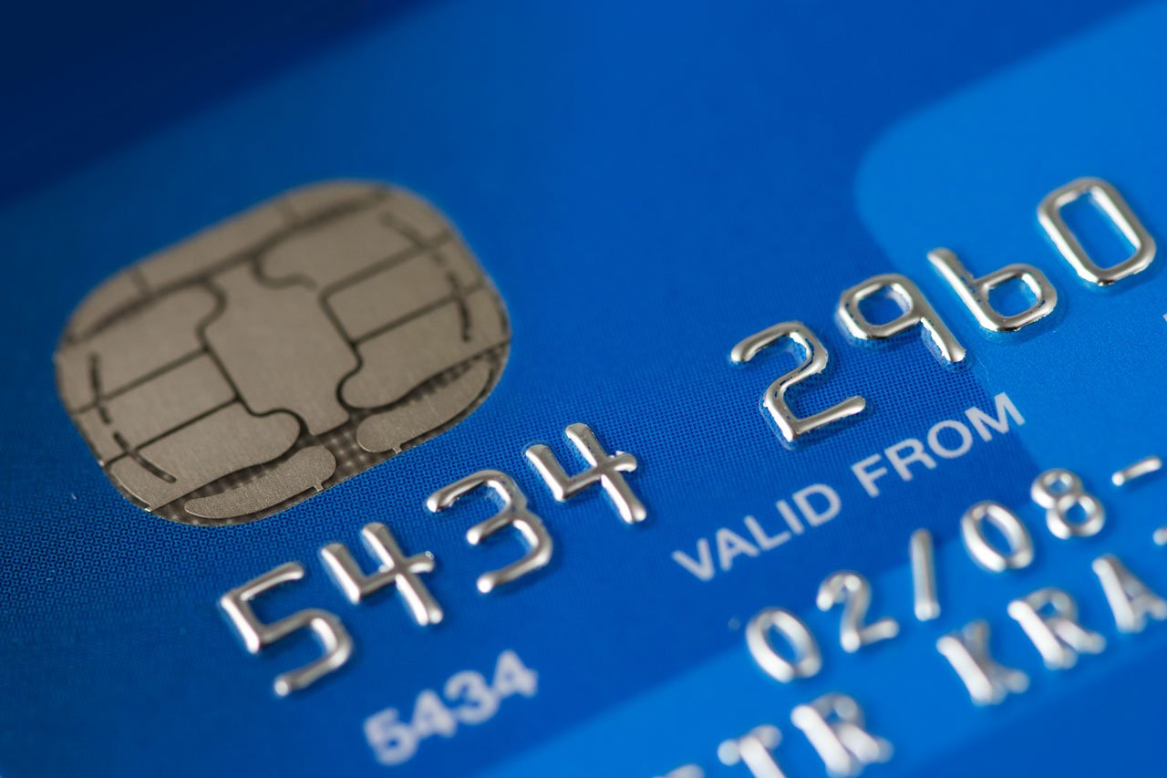 Credit Cards With Chips: Identity Theft Red Flags to Look For